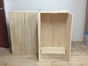 横浜市保育園・カウンター付き収納(パイン集成材)自然塗料仕上げ