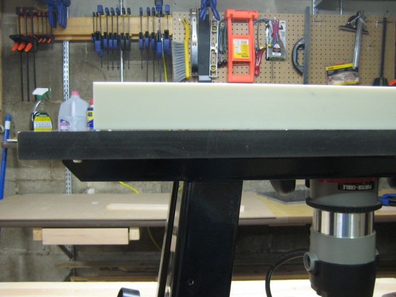 Check out the gap between the straightedge and the router table