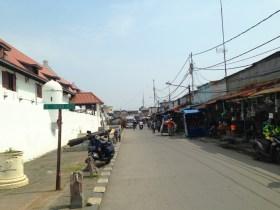 Seedy street of Old City