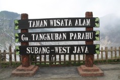 Tangkuban Perahu Sign