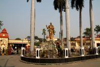 Dakhineswar Statue