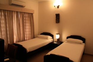 Tissa's Inn Room