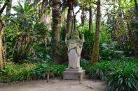 Algiers Le Jardin d'Essai du Hamma Statue