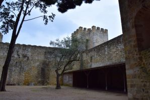 Lisbon Castelo de St Jorge Courtyard