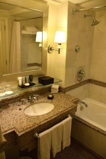 JW Marriott Rio De Janeiro Room Bathroom