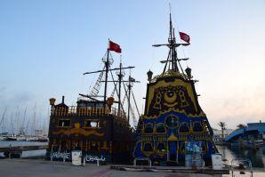 Yasmine Marina Pirate Ships