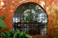 Finca Adalgisa Dining Table