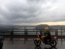 Foz di Iguacu Border Bridget Moto