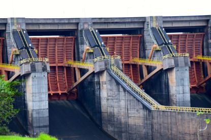 Itaipu Dam Close Up