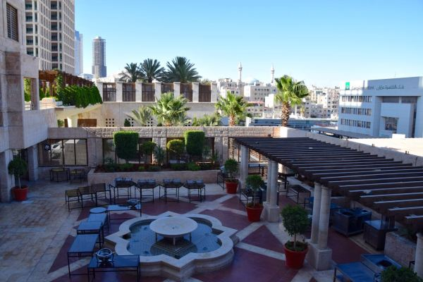 Grand Hyatt Amman Courtyard