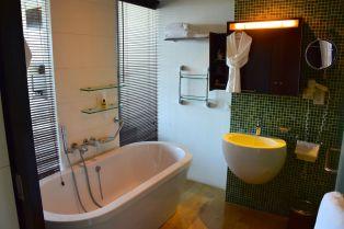 Hyatt Regency Dar es Salaam Bathroom