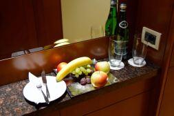 Regent Warsaw Room Welcome Fruit