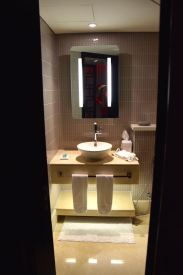 W Doha Wow Suite Guest Bathroom