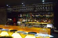 11 Mirrors Restaurant Bar