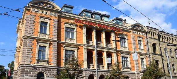 Gallery Park Hotel Header