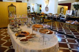 Royal Tulip Yerevan Restaurant Breakfast