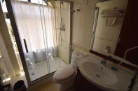 Sabean International Hotel Room Bathroom