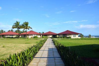 RLJ Kendeja Resort Path