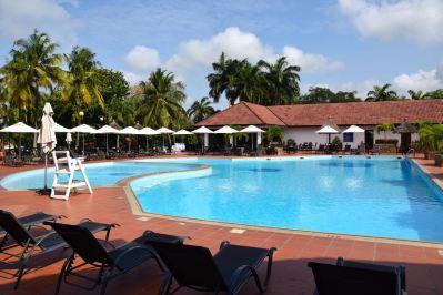 Golden Tulip Accra Pool