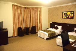 hotel-palm-beach-room