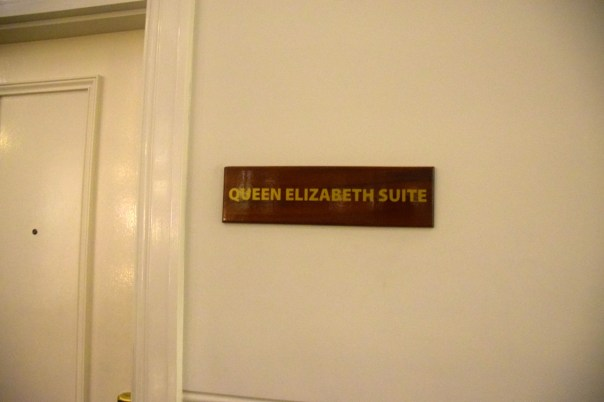 grand-pacific-hotel-queen-suite