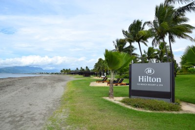 hilton-fiji-beach-resort-beach-sign