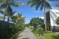 hilton-fiji-beach-resort-path