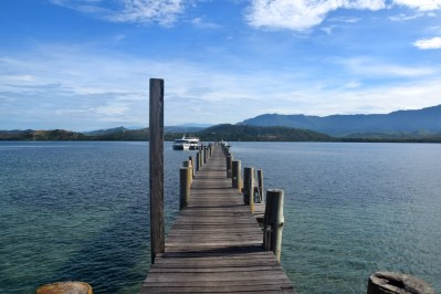 loloata-resort-pier