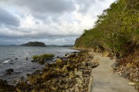 loloata-resort-walk