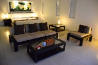 lomani-island-resort-room-seating