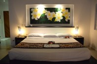 lomani-island-resort-room-bed