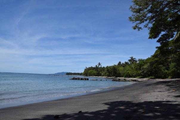 hotel-honiara-beach