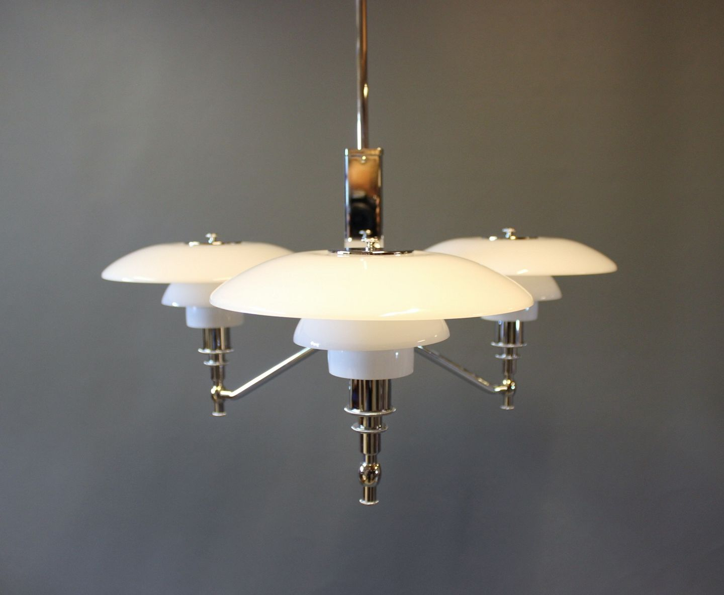 Poul Henningsen Lampe Worldantique Ph 3 2 Academy Designed By Poul Henningsen And