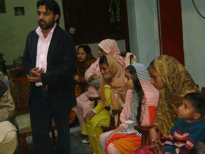 World Faith Pakistan's Shahid Rehmat leads the ceremony