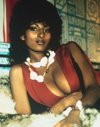 Pam Grier (1)