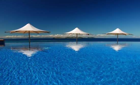 Matamanoa Island Resort Infinity Pool