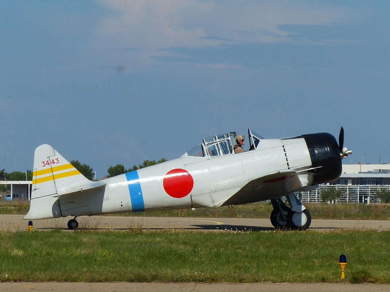 Fly Nimes Photo Report Nîmes Airshow World Warbird News