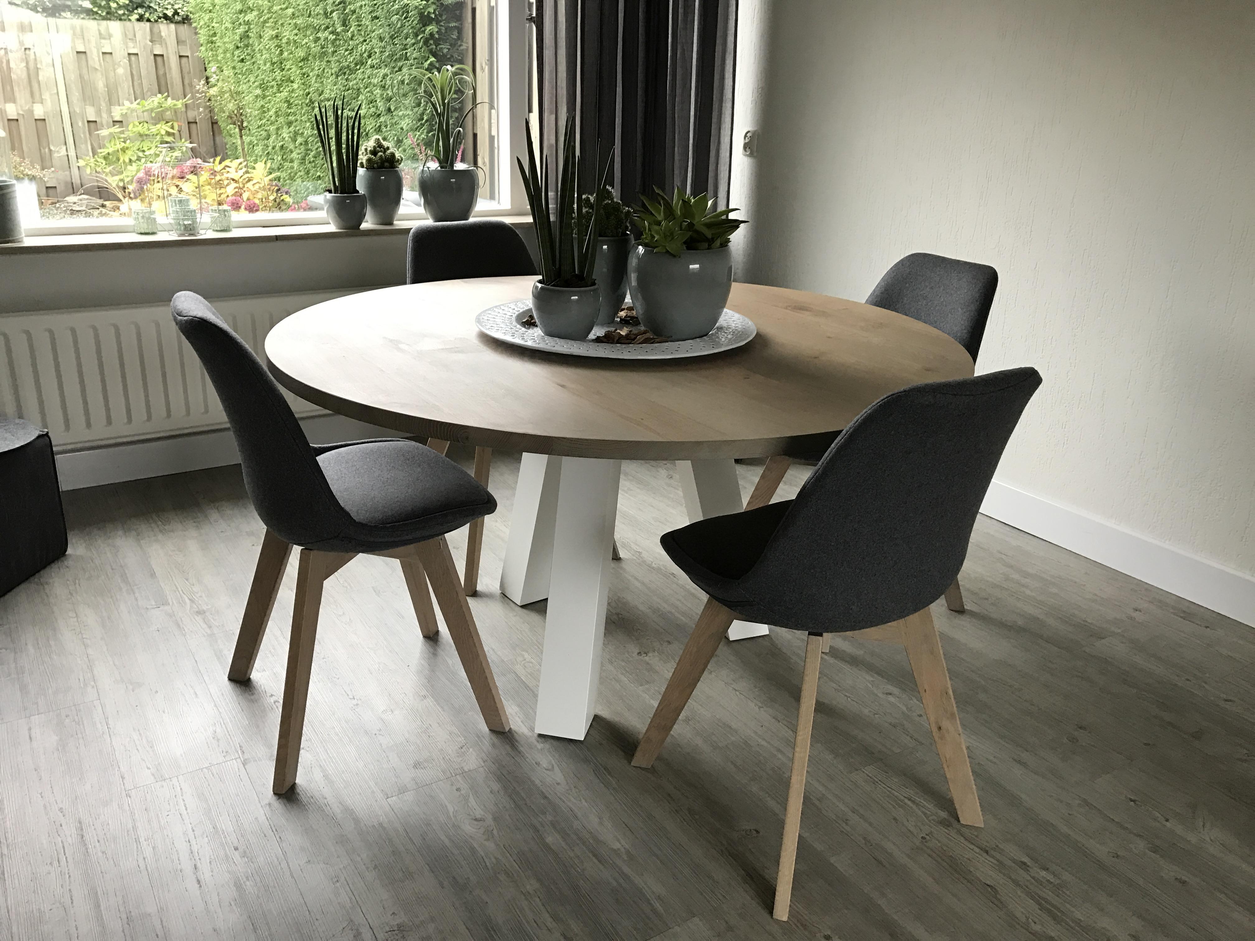 Ronde eettafel wit hout ronde tafel industrieel great ronde
