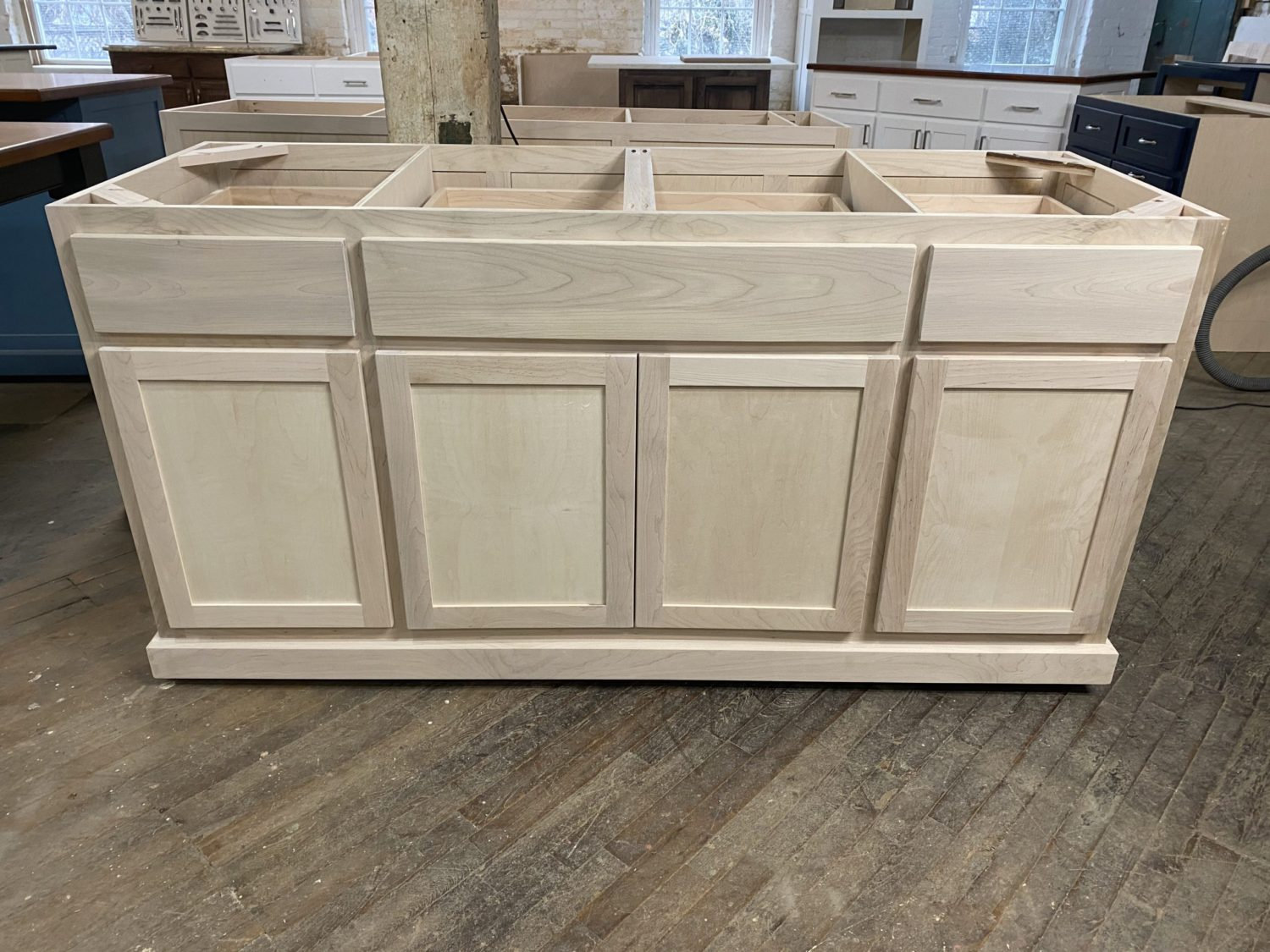 Unfinshed Kitchen Island Cabinet Worthy S Run Furniture