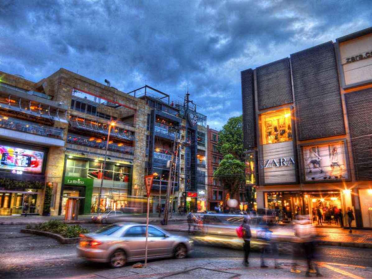 Zona Rosa, Bogota - by cfrincon:Flickr