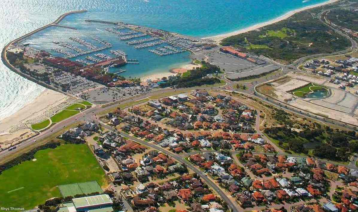 Boat Harbour Australia  city pictures gallery : Hillarys Boat Harbour, Australia – by Rhyshuw1:Wikimedia