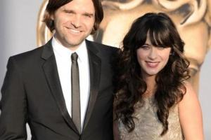 zooey-deschanel-aug-22-2011-2-600
