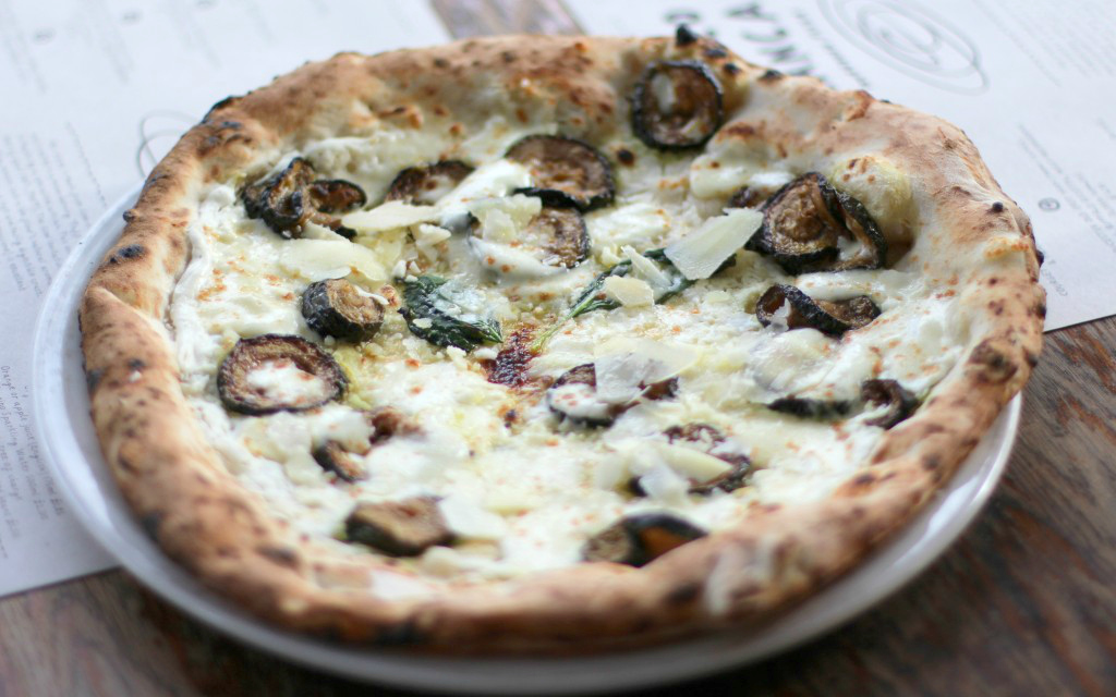 Tomato-less pizza: courgette, basel, mozzarella, buffalo ricotta, pecorino franco manca