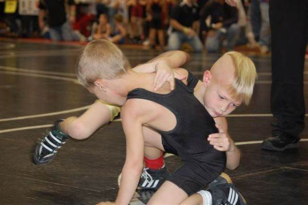 Is Youth Wrestlers Cutting Weight ok - Learn how to cut weigth for wrestling