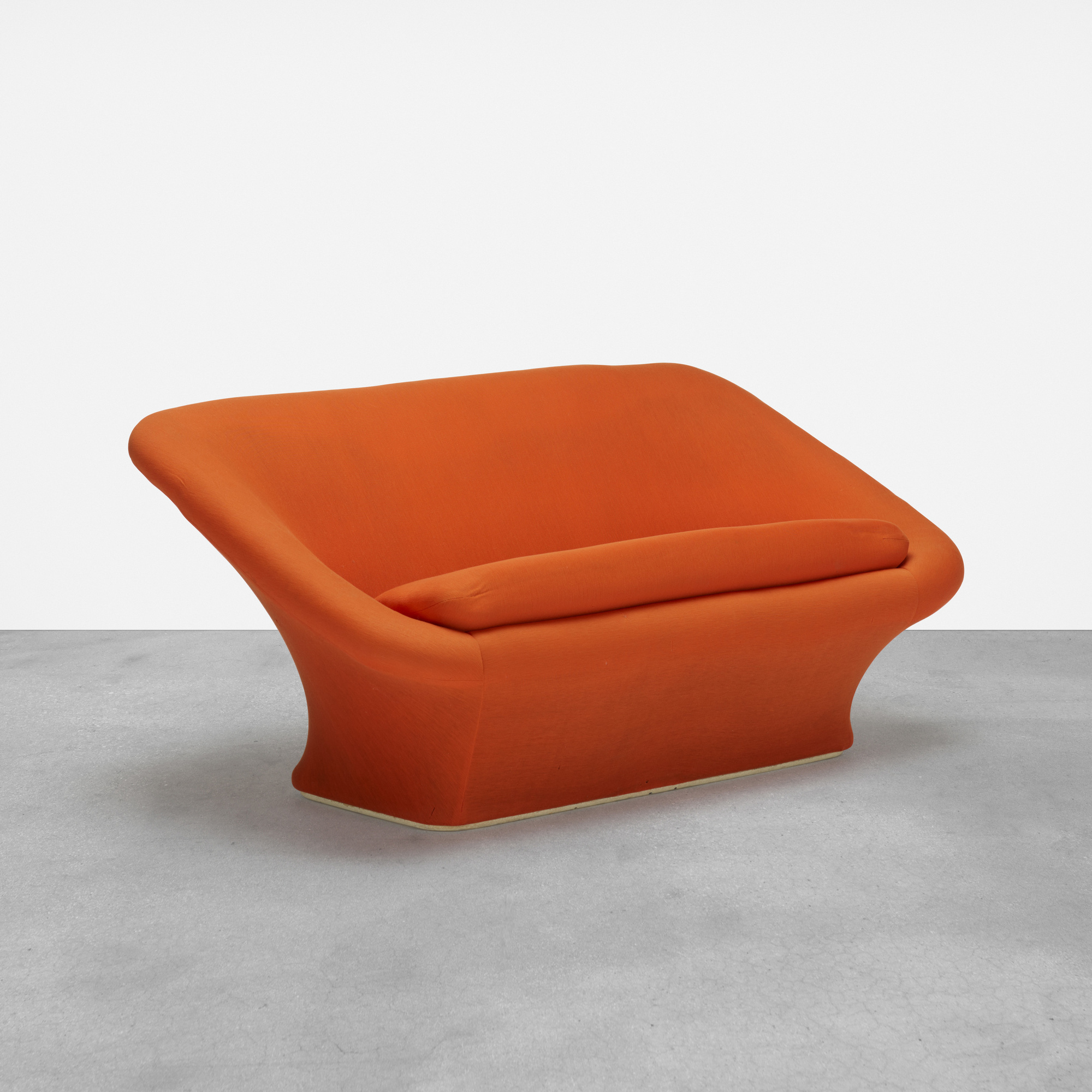Pierre Paulin Sofa 363 Pierre Paulin Square Mushroom Sofa Model C565 Design