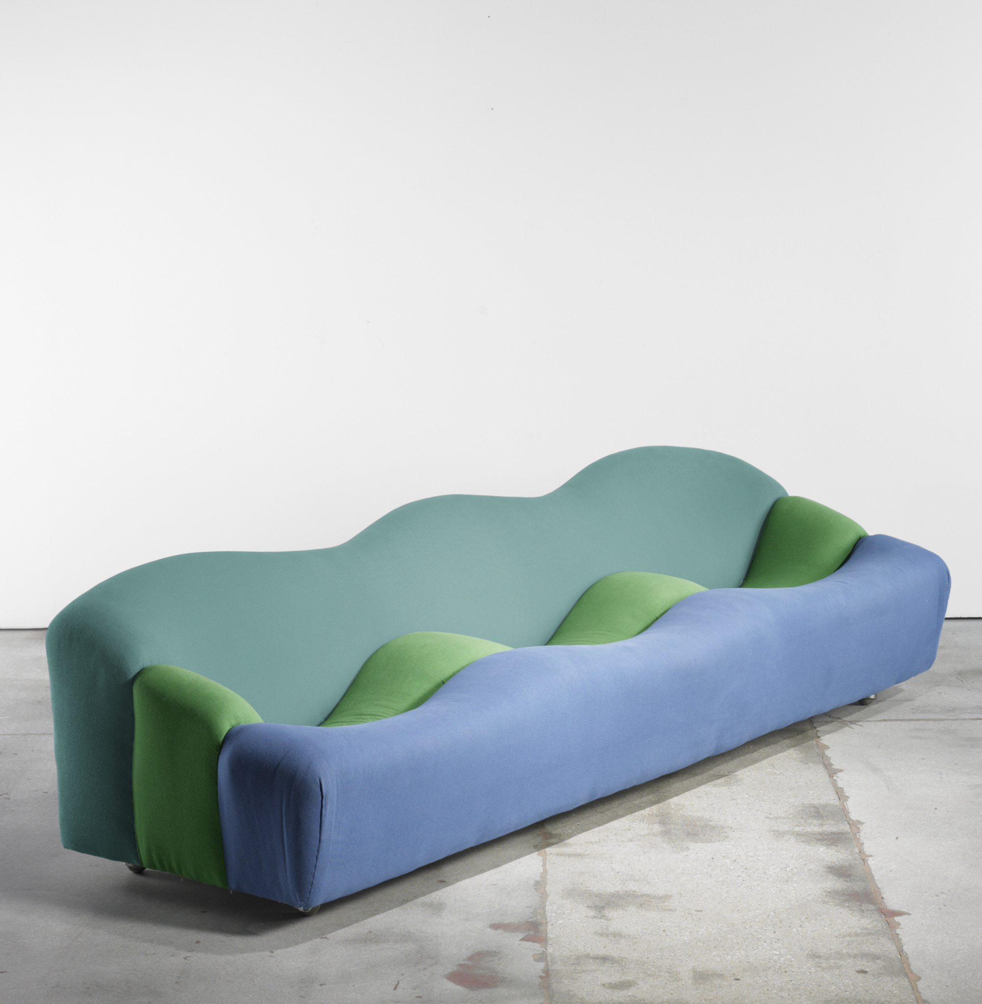 Pierre Paulin Sofa 489 Pierre Paulin Abcd Sofa Modern Design 23 March 2010