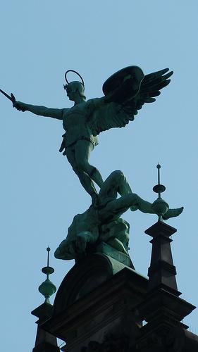 photo credit: Hamburg Rathaus City Hall via photopin (license)