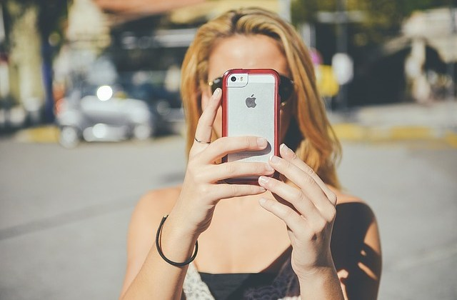 Use Snapchat to Sell Your Book(s) or Writing Services to Millennials! by Joan Selby
