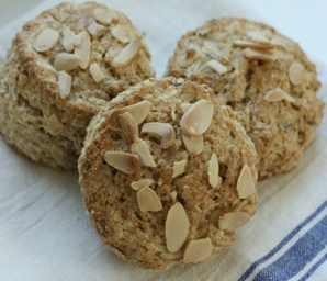 almond buttermilk scone recipe #writes4food