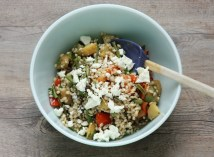 healthy lunchtime salad recipe with barley and roasted vegetables | writes4food.com
